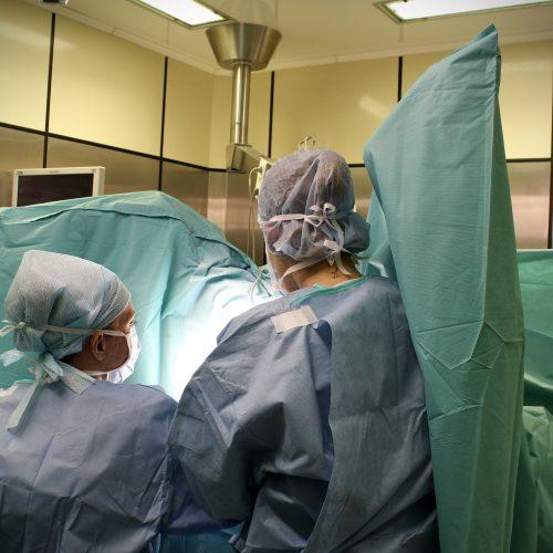 traitement chirurgicale des hémorroïdes stade IV